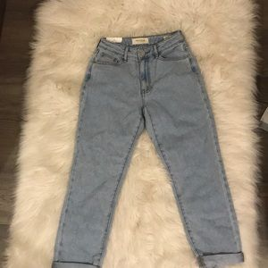 Pacsun Mom Jeans Never Worn Size 27